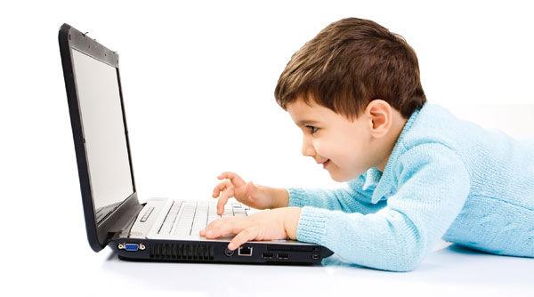 چه سنی برای خرید تبلت و موبایل برای فرزندان مناسب است؟